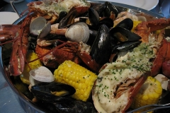 800px-New_England_clam_bake